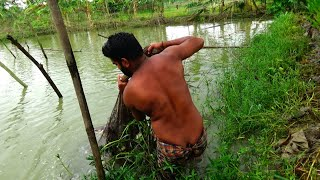 Unbelievable Cast Net Fishing - Traditional Cast Net Fishing in Village Pond